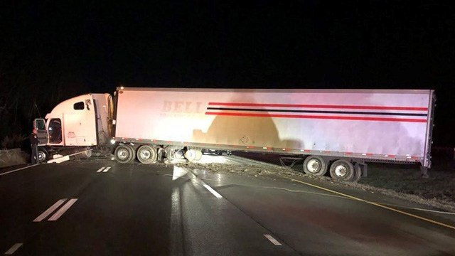 A tractor trailer jackknifed on I-84 west on the Waterbury-Middlebury line. (State police)