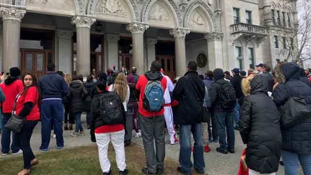 Hundreds rallied for AIDS Awareness Day in Hartford (WFSB)