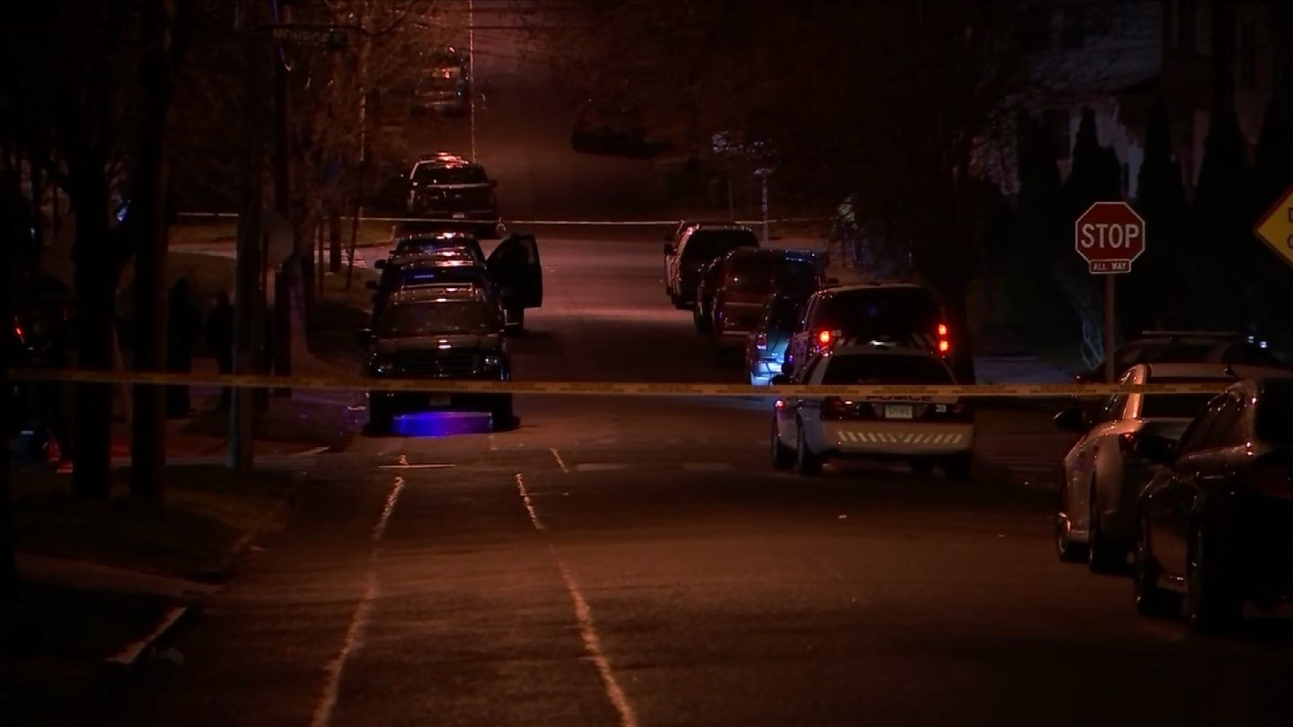 Police peacefully resolved a standoff with a man on Monroe Street in Hartford early Wednesday morning. (WFSB)