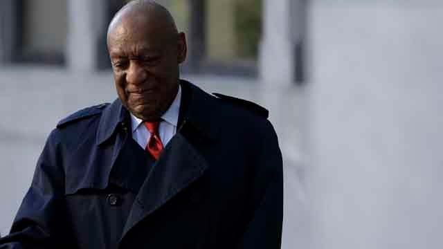 Bill Cosby arrives for his sexual assault trial, Thursday, April 26, 2018, at the Montgomery County Courthouse in Norristown, Pa. (AP Photo/Matt Slocum)