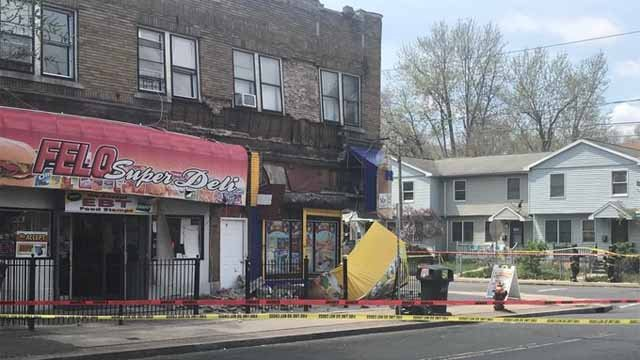 Crews were called to a partial building collapse in Hartford last Thursday (WFSB)