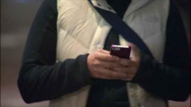 Experts say you could use a 'digital detox' (WFSB)
