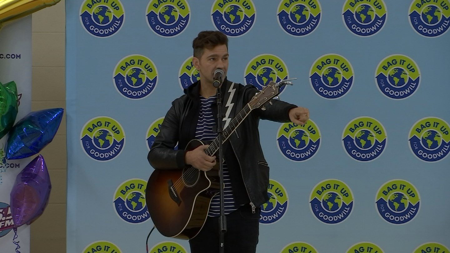 Andy Grammer visited the JFK Elementary School in Milford on Thursday. (WFSB)
