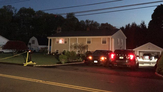 A police investigation began Thursday night on Scrub Oak Road in North Haven. (WFSB)