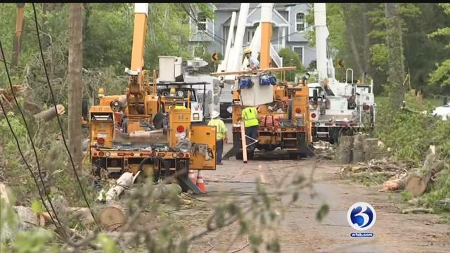 Video: Sen. Blumenthal toured tornado aftermath in Hamden