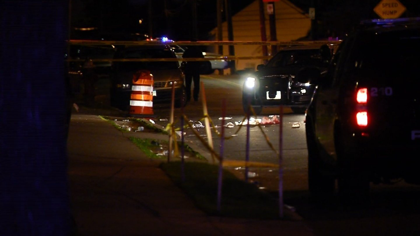 A woman was killed after being shot on Enfield Street in Hartford on Wednesday night.(WFSB)