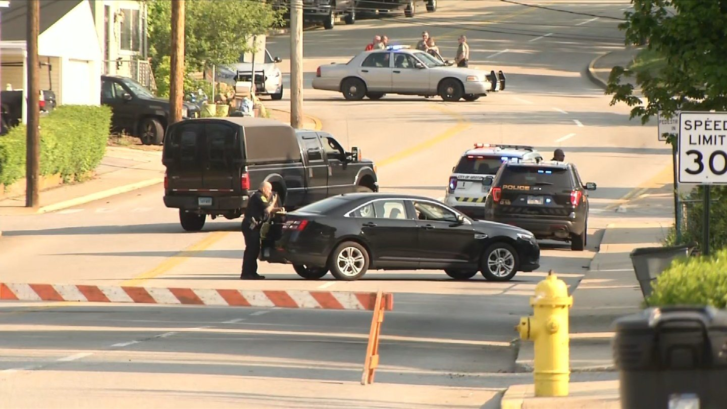 A man barricaded himself in a home on Mitchell Street in Groton on Friday morning. (WFSB)