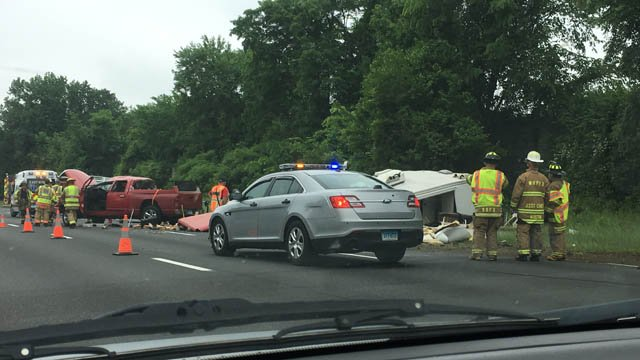 A crash is causing delays on I-91 south in Enfield (iwitness)