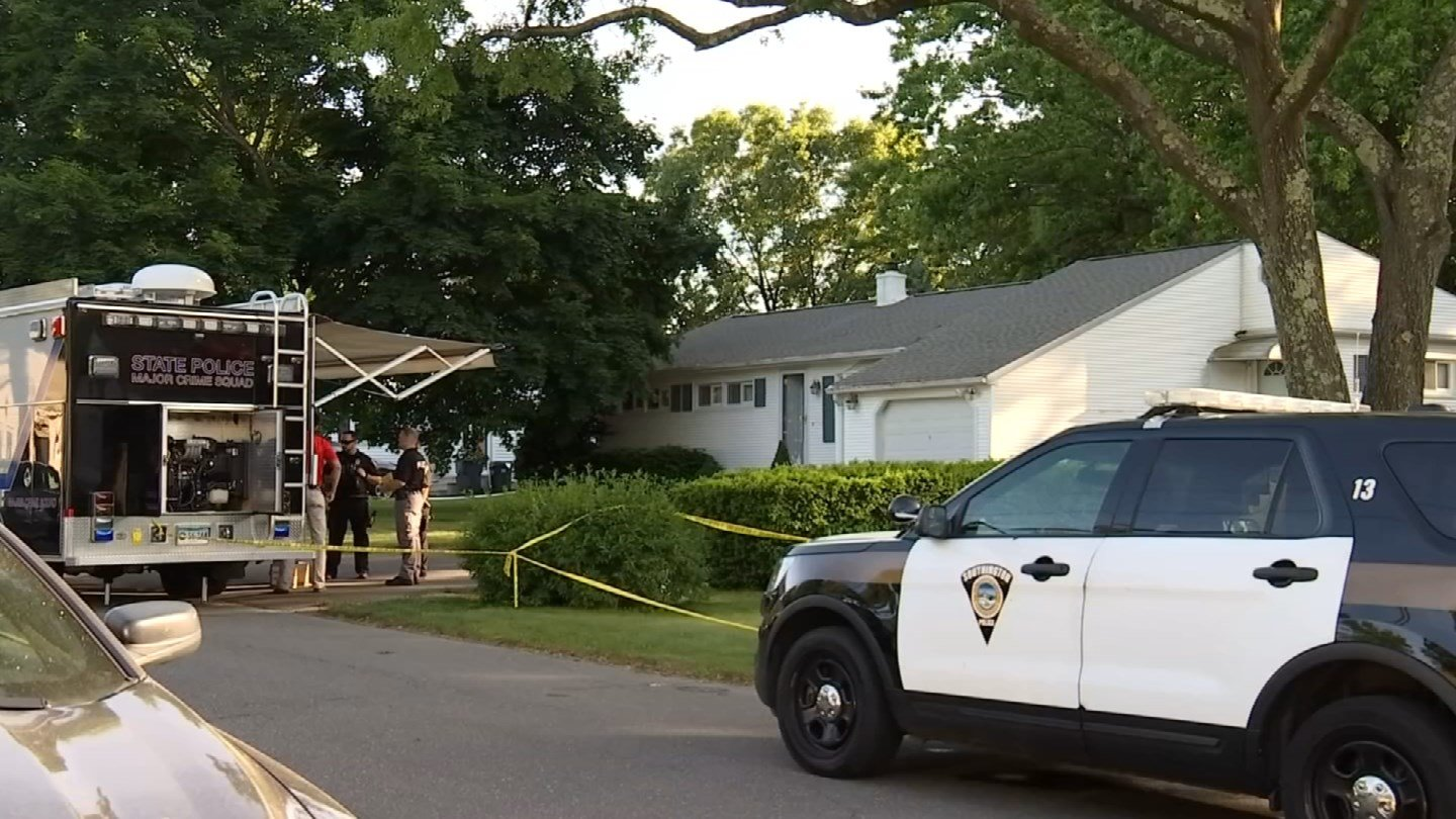 The death of a woman on Manor Road in Southington on Sunday is connected to a crime scene in Naugatuck, both police departments confirmed. (WFSB)