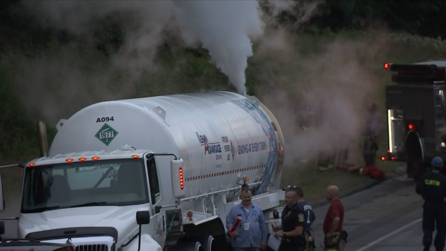 I-95 south in Clinton was completely closed at one point on Friday morning because of a nitrogen tanker leak. (WFSB)