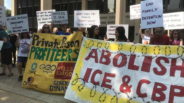 A rally was held last Wednesday morning before two migrant children appeared in court (WFSB)