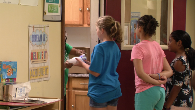 CRT provides free meals to kids over the summer (WFSB)