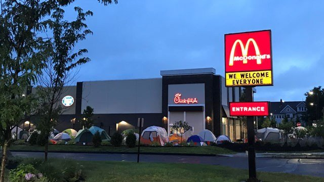 chick-fil-a opens a location in glastonbury