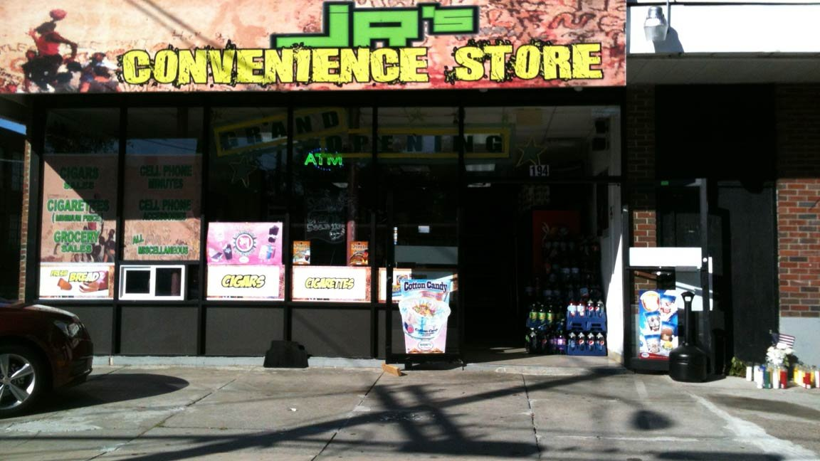 © Ramon Perez and Esmerito Perez Mendez owned this convenience store at the corner of Garden and Westland in Hartford's north end.