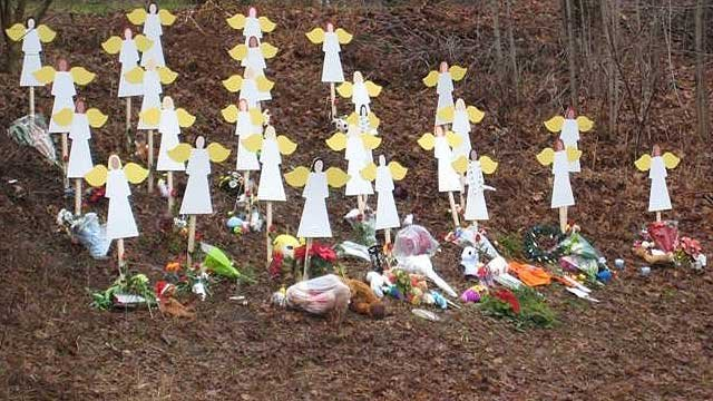 Angels put up to remember victims of the Sandy Hook Elementary School shooting. (WFSB file photo)