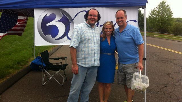 WFSB anchor Kara Sundlun collects donations in Rocky Hill.