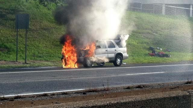 Car fire briefly closes i 84 west in waterbury wfsb 3 for Department of motor vehicles waterbury ct