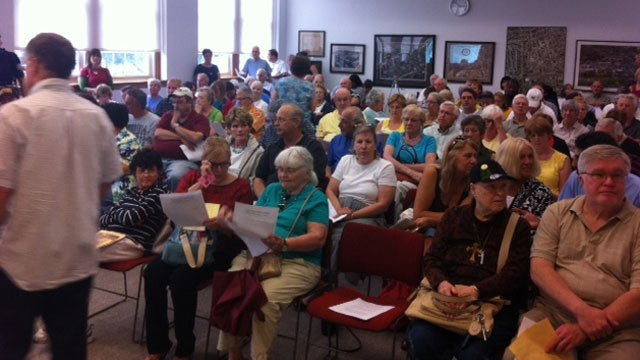 West Hartford Town Hall was packed for the Syria forum.