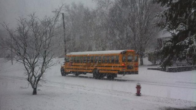School buses braved the roads in Berlin Monday morning. (iWitness photo)