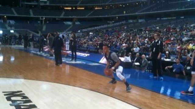 Shabazz Napier hits the court for practice in Arlington Friday. (WFSB photo)