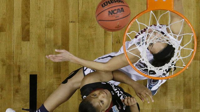 Bria Hartley and Amber Orrange clash under the basket. (AP photo)