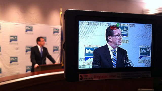 Gov. Dannel Malloy announced Wednesday that the UConn parade was set for Sunday at 4 p.m. (WFSB photo)
