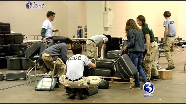 Volunteers worked to set up 130 stations Thursday. (WFSB photo)
