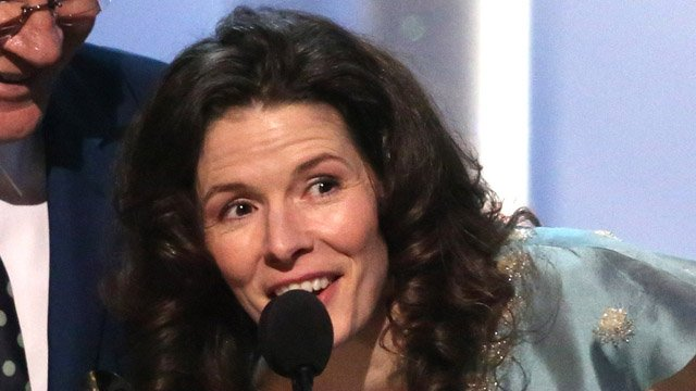Edie Brickell was also arrested on domestic violence charges. (AP photo)