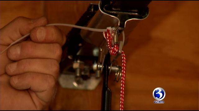 Simple Zip Ties Can Prevent Crooks From Opening Garage Doors
