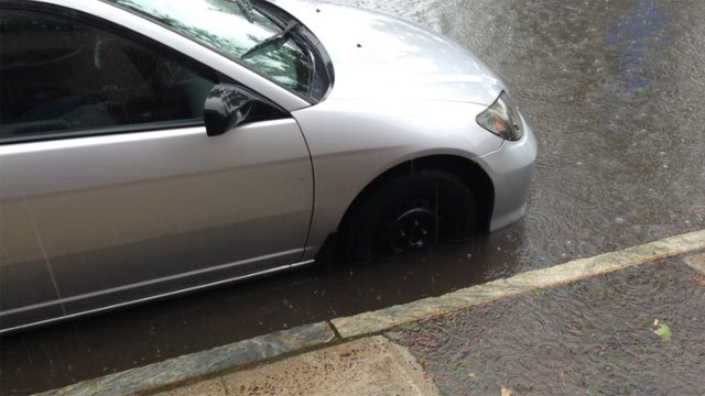 Flooding reported near the New Haven Police Department. (WFSB Photo)
