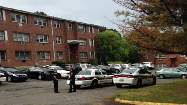 Police swarmed Donna Drive Sunday morning. (WFSB photo)