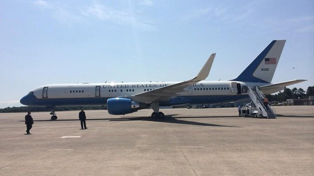 Biden touched down in Connecticut shortly after noon time. (Com. Dir. Andrew Doba photo)
