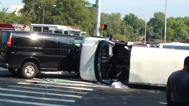 Hartford Hilton hotel involved in crash in the capital city on Wednesday. (WFSB Photo)
