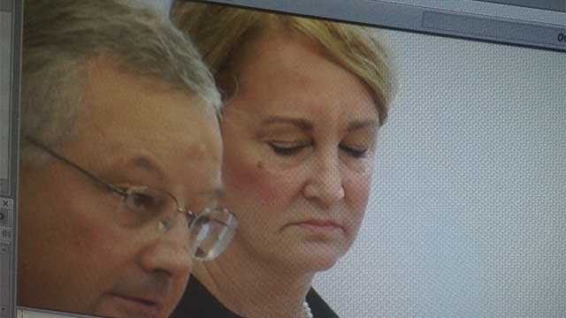 Elizabeth Everett appears in court on Thursday morning. (WFSB Photo)