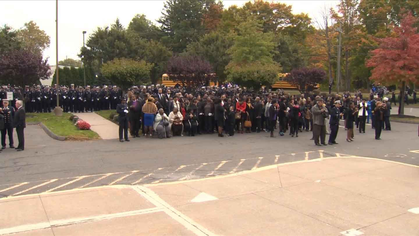 Firefighters arrive at the First Cathedral in Bloomfield. (WFSB photo)