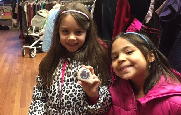 Lillian and Vivian found the rock painted by Mark Zinni. (iWitness)