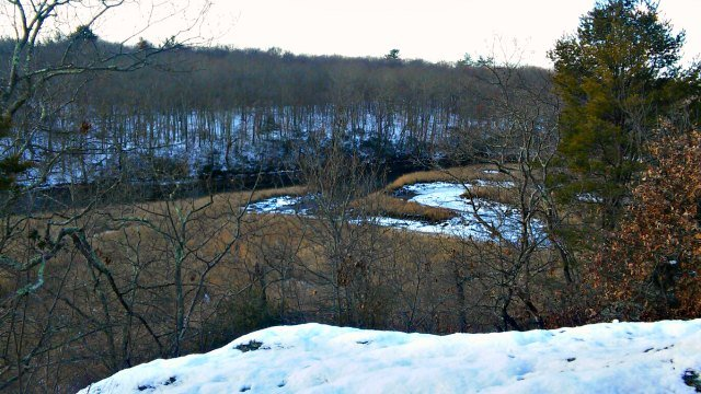 East River from rocky outcrop  (WFSB)