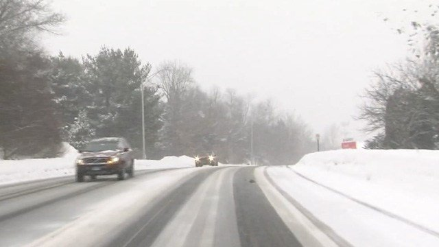 Thursday morning's snow created slick driving conditions across the state and here in Cromwell. (WFSB photo)