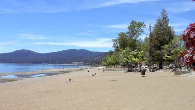 Kings Beach, Lake Tahoe (www.aboutlaketahoe.com)