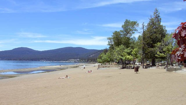 Kings Beach, Lake Tahoe (www.aboutlaketahoe.com)