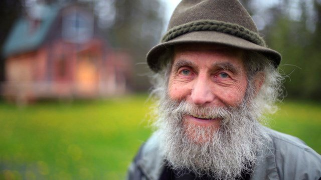 Burt Shavitz poses for a photo on his property in Parkman, Maine in 2014. (AP photo)