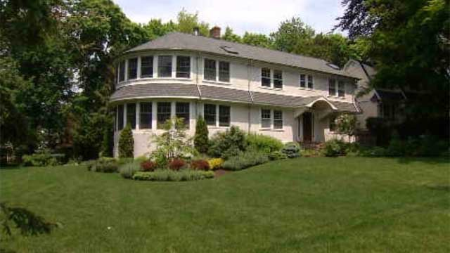 Vacation trend has homeowners swapping houses (WFSB)