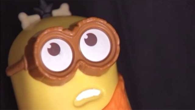 Parents believe Minion toy is swearing (CBS)