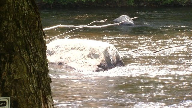 Authorities searched for missing tuber in the Farmington River. The missing tuber was able to get home safely. (WFSB)