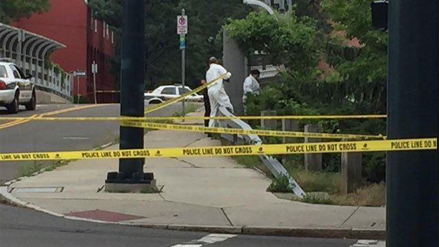 crews tape off area in New Haven for police investigation. (WFSB)