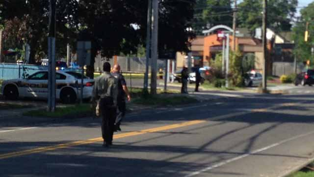 Shooting closes Foxon Boulevard in New Haven. (WFSB photo)