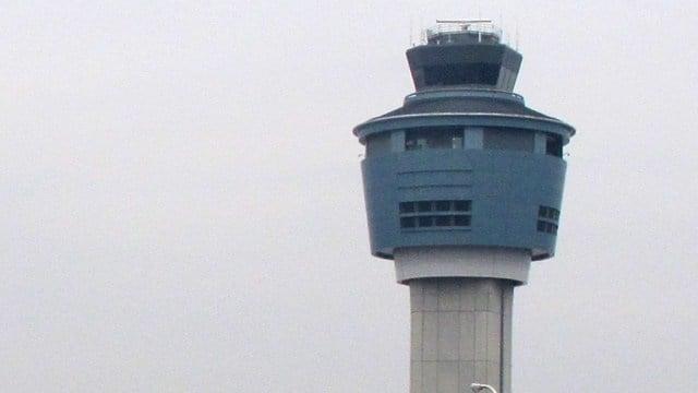 LaGuardia airport. (AP photo)