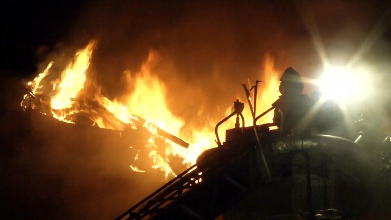 Crews battled a stubborn fire on Park Street in Hartford. (WFSB photo)