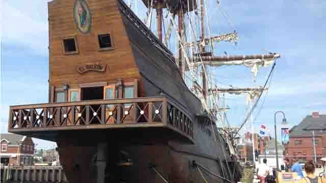 Spanish replica ship pulls into New London port (WFSB)