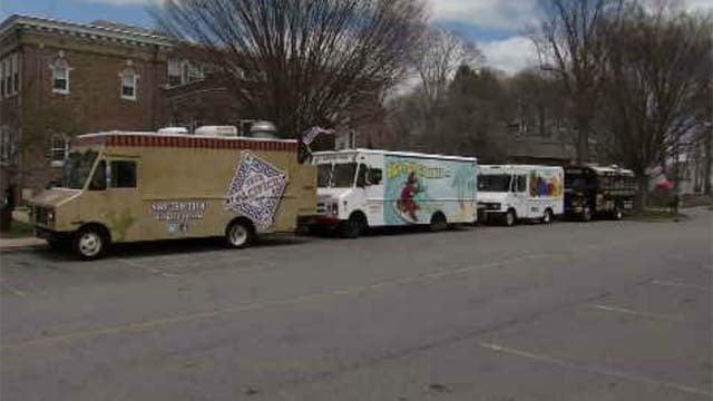 Enfield leaders look into legislation regarding food trucks in town (WFSB)